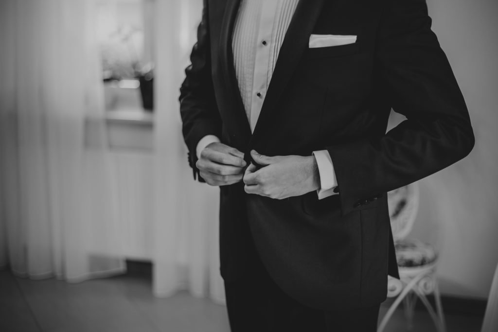 garnitur pana mlodego do ślubu