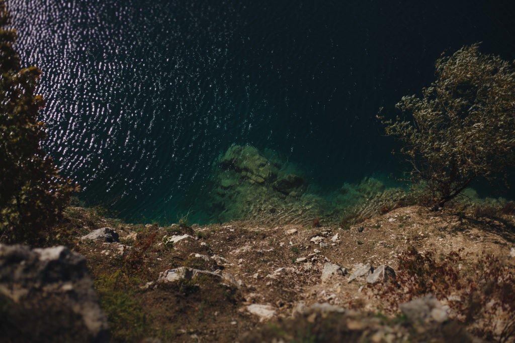 piękna niebieska woda