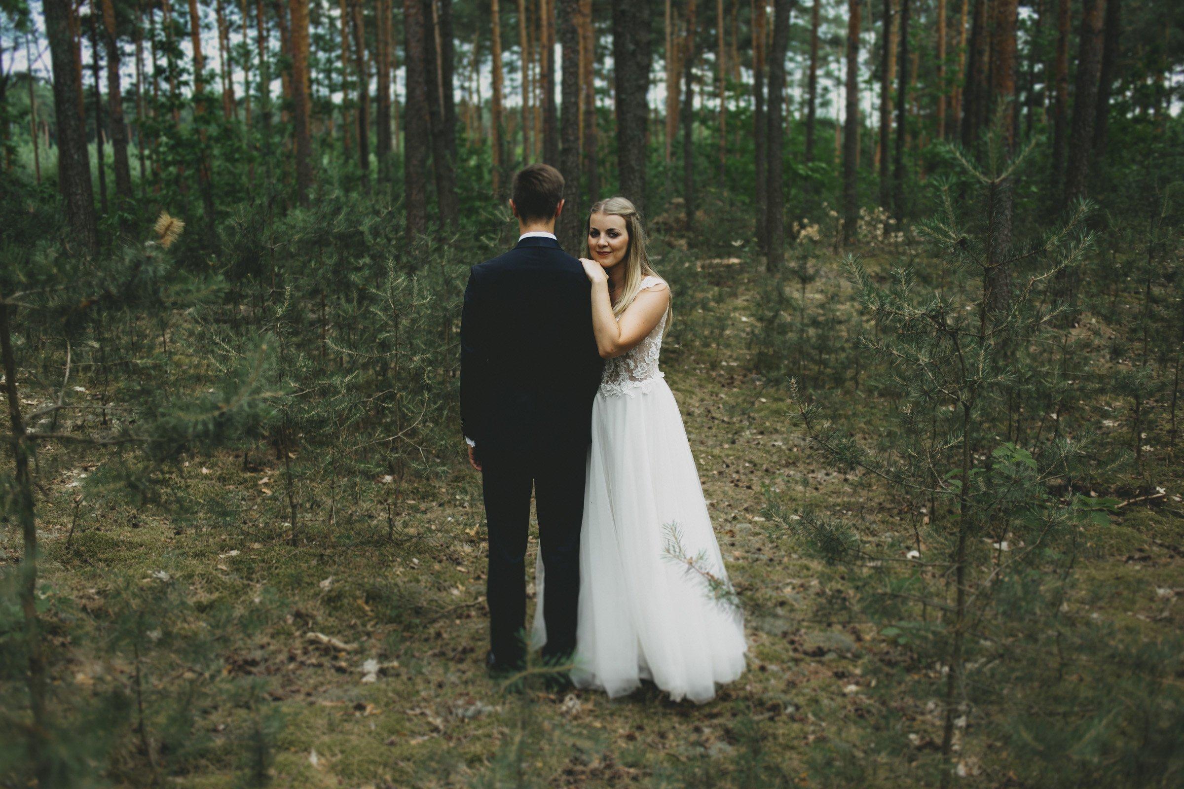 naturalna sesja w lesie