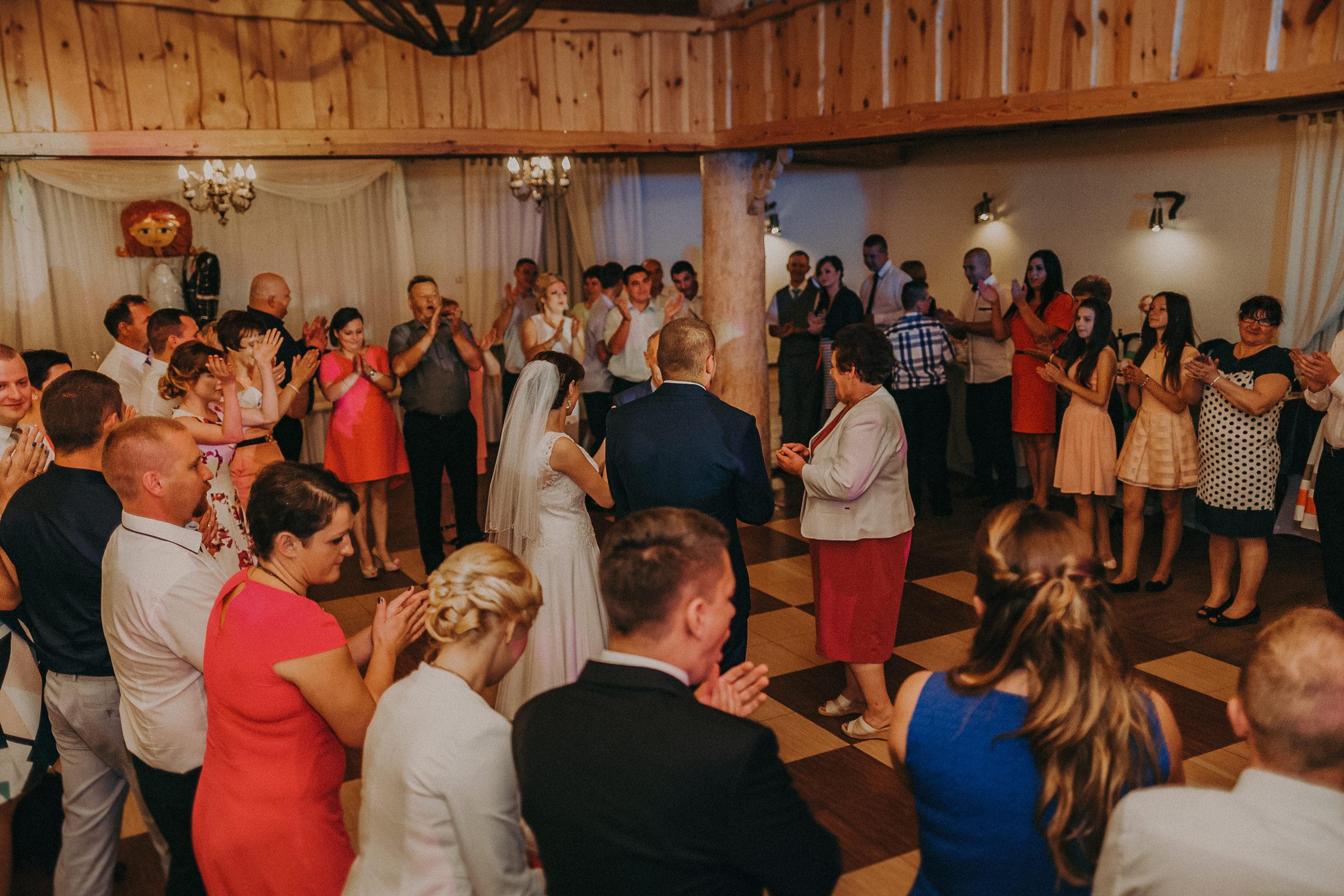karczma biesiadna dalnia wesele
