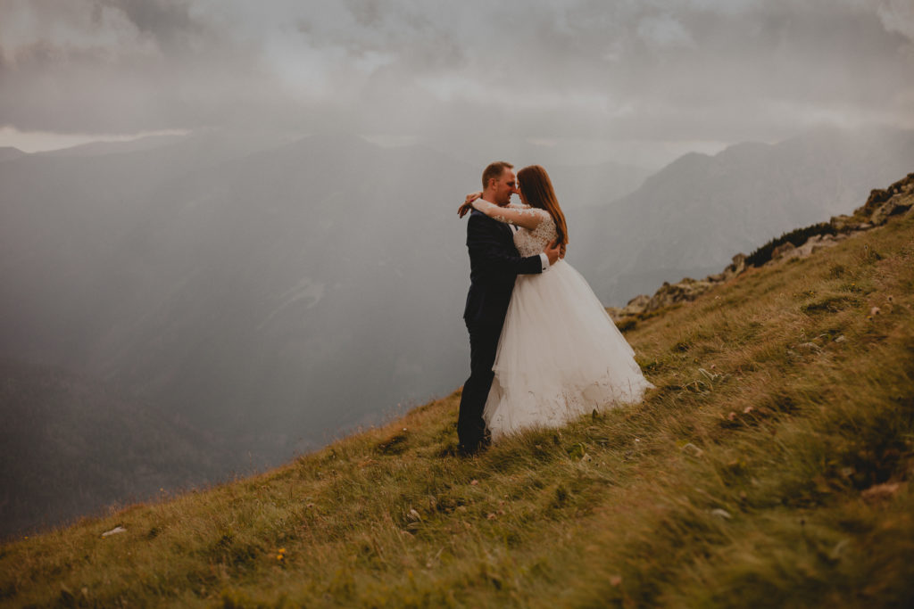 wedding session mountains