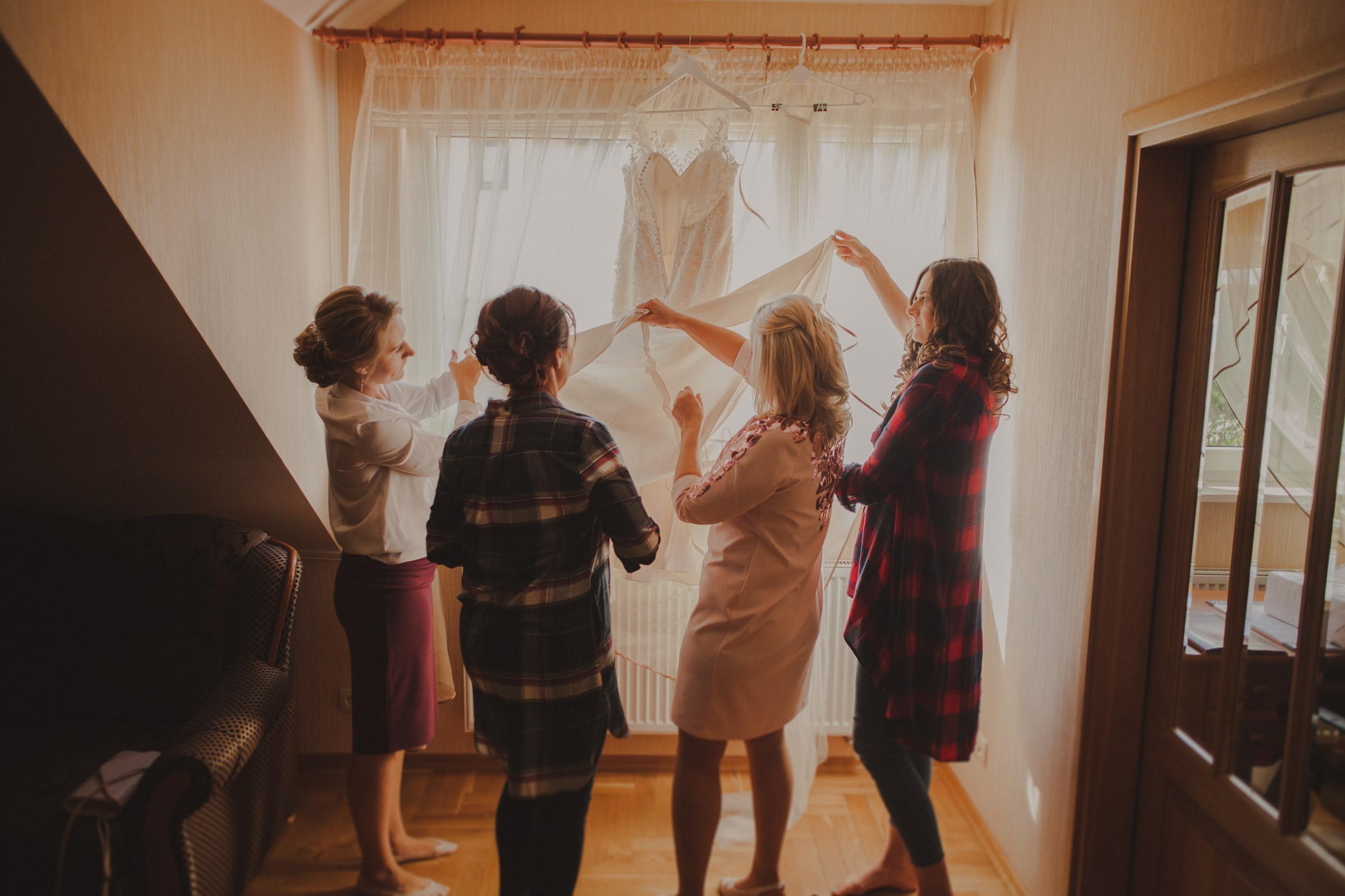 przygotowania do ślubu kobiety