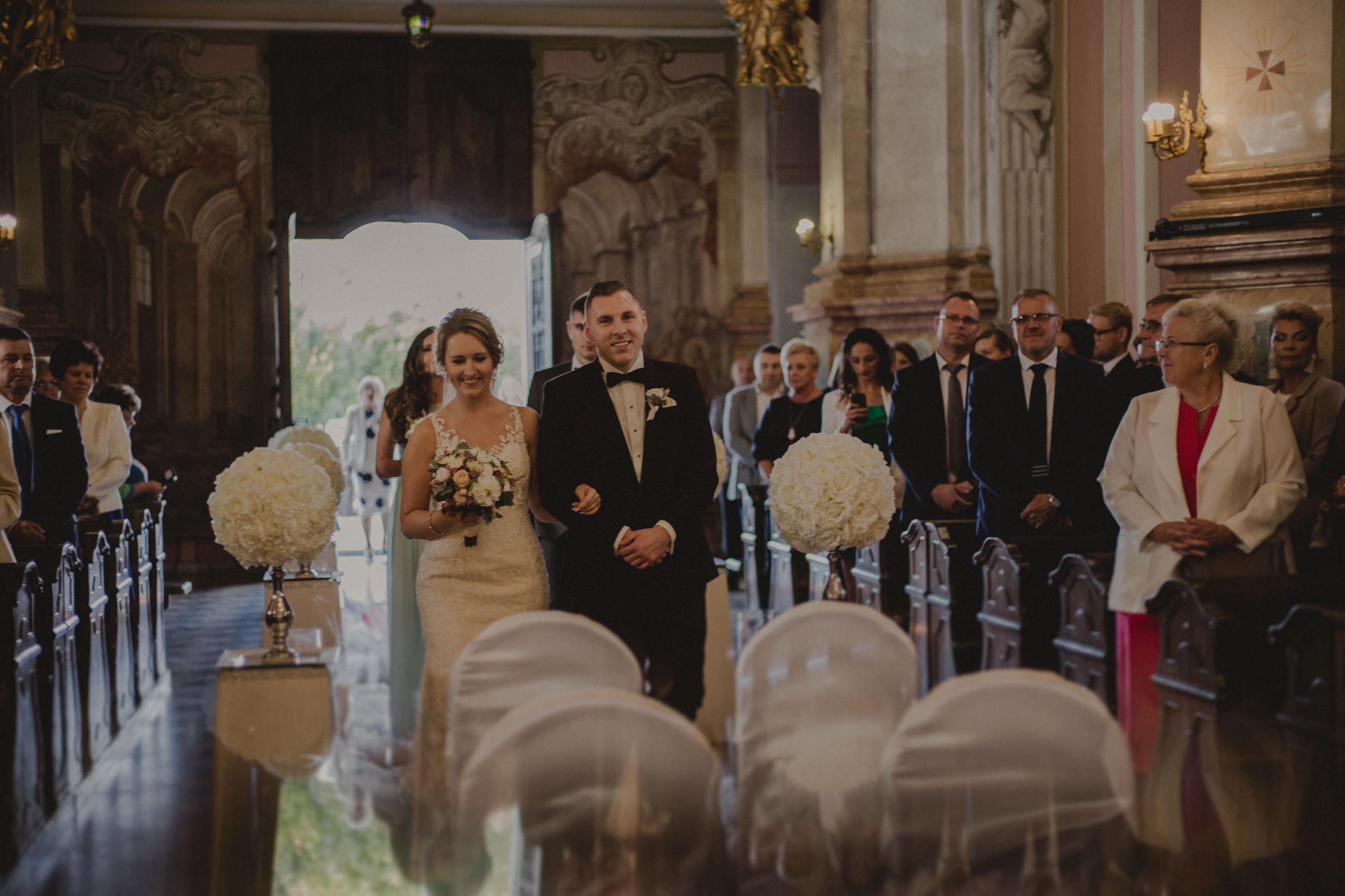 zdjęcia ślubne kobyłka