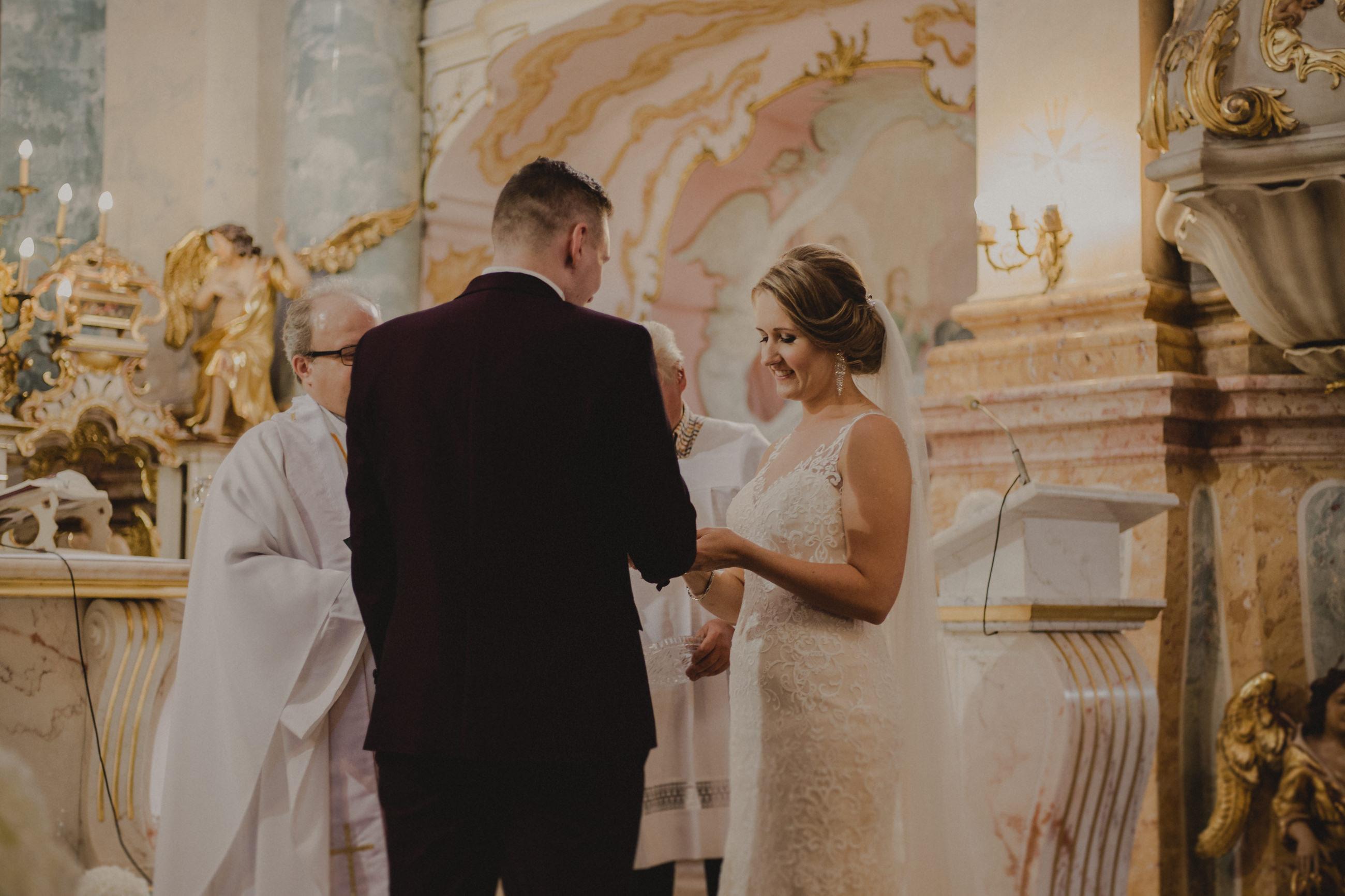 przysięga ślubna w kościele