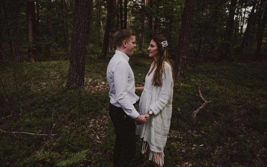 Krótka historia o miłości – Sesja narzeczeńska w lesie