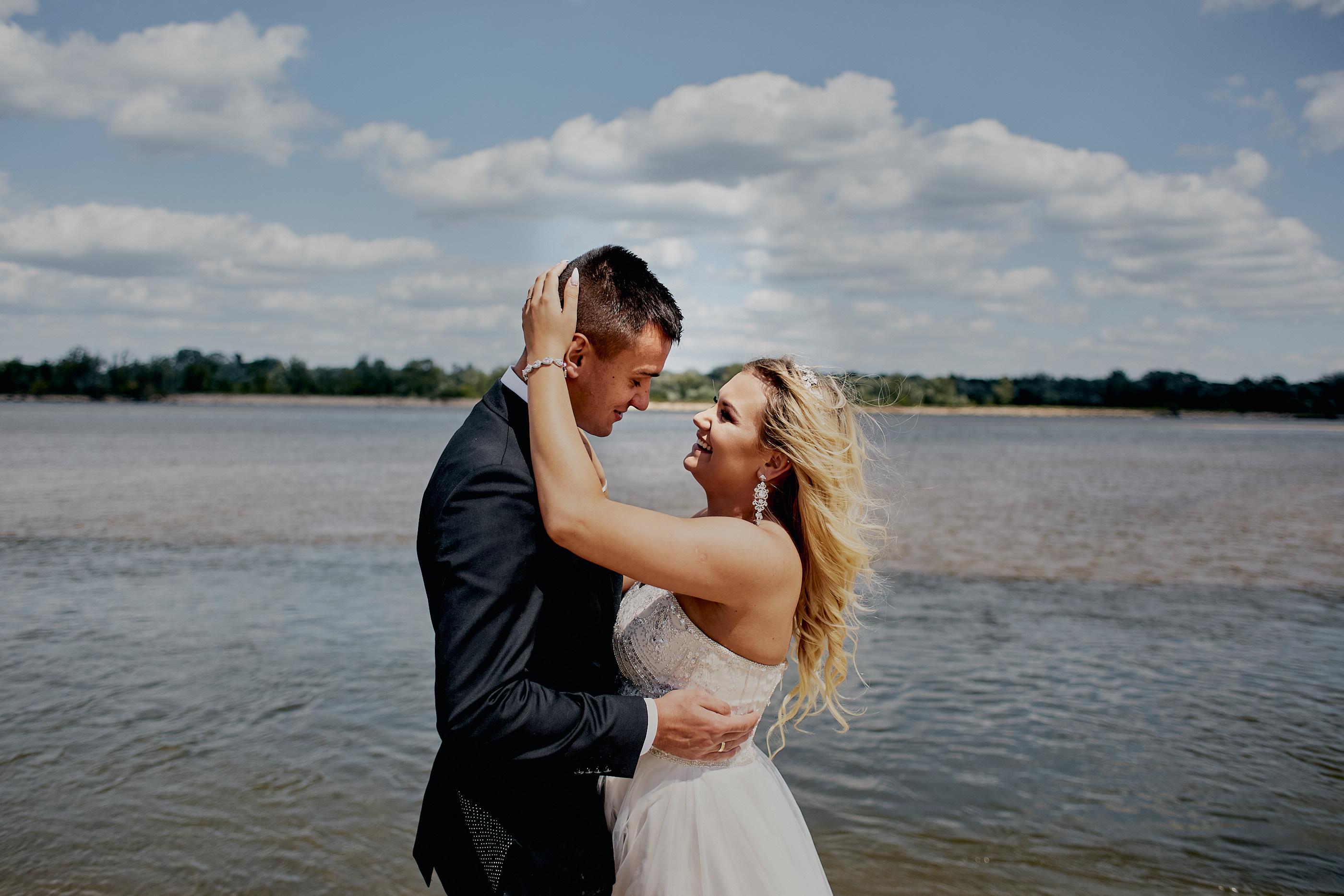 Sesja ślubna na plaży - Aleksandra i Konrad