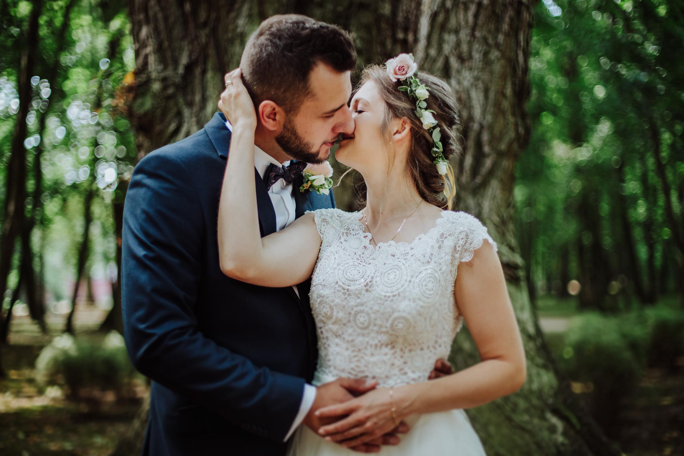 Sesja ślubna Park w Młochowie - Magda i Rafał