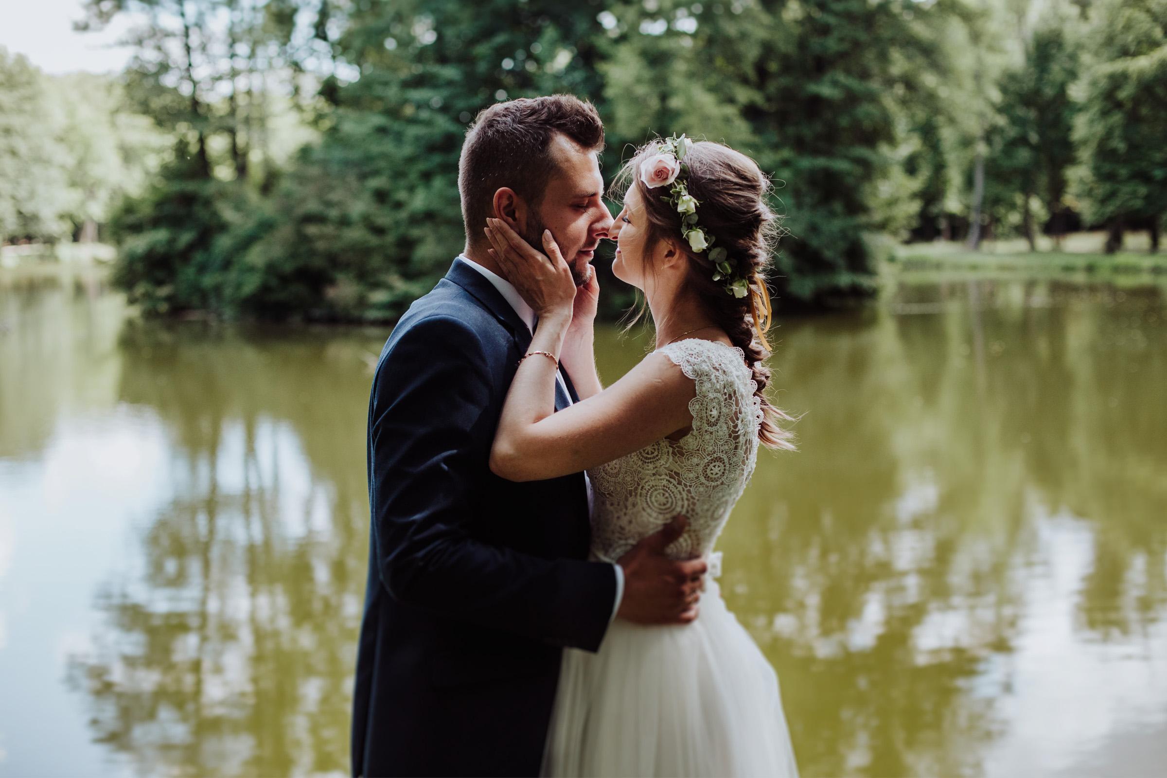 Sesja ślubna Park w Młochowie Magda i Rafał
