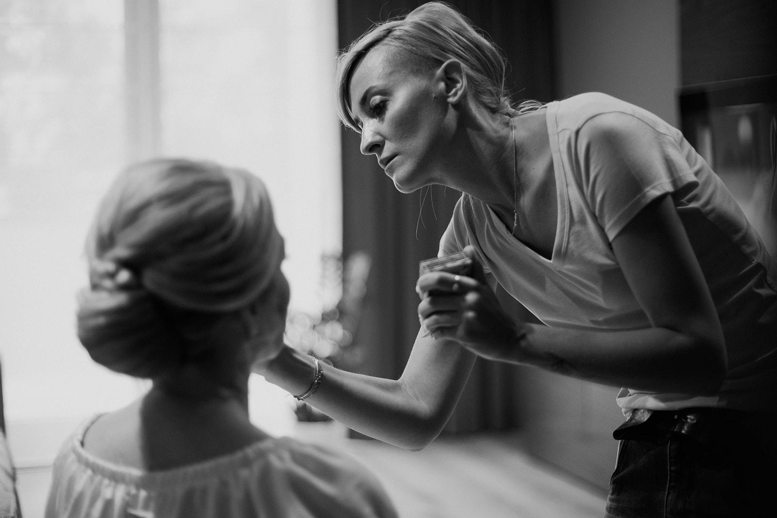 przygotowania makijaż warszawa