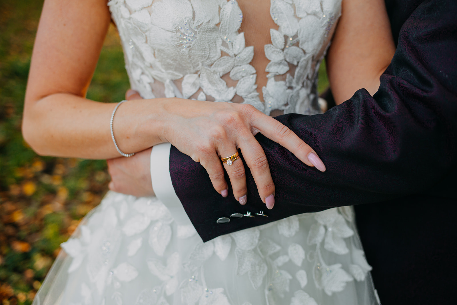 obrączka ślubna na sesji