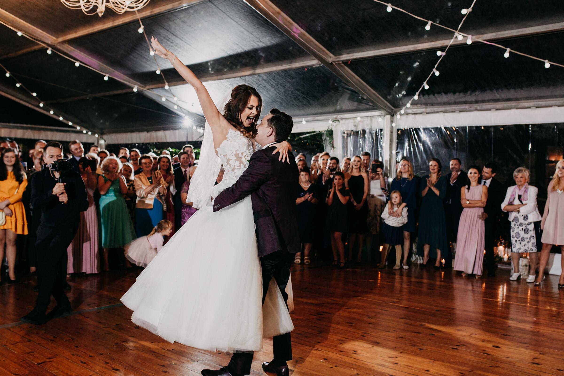 pierwszy taniec wesele folwark