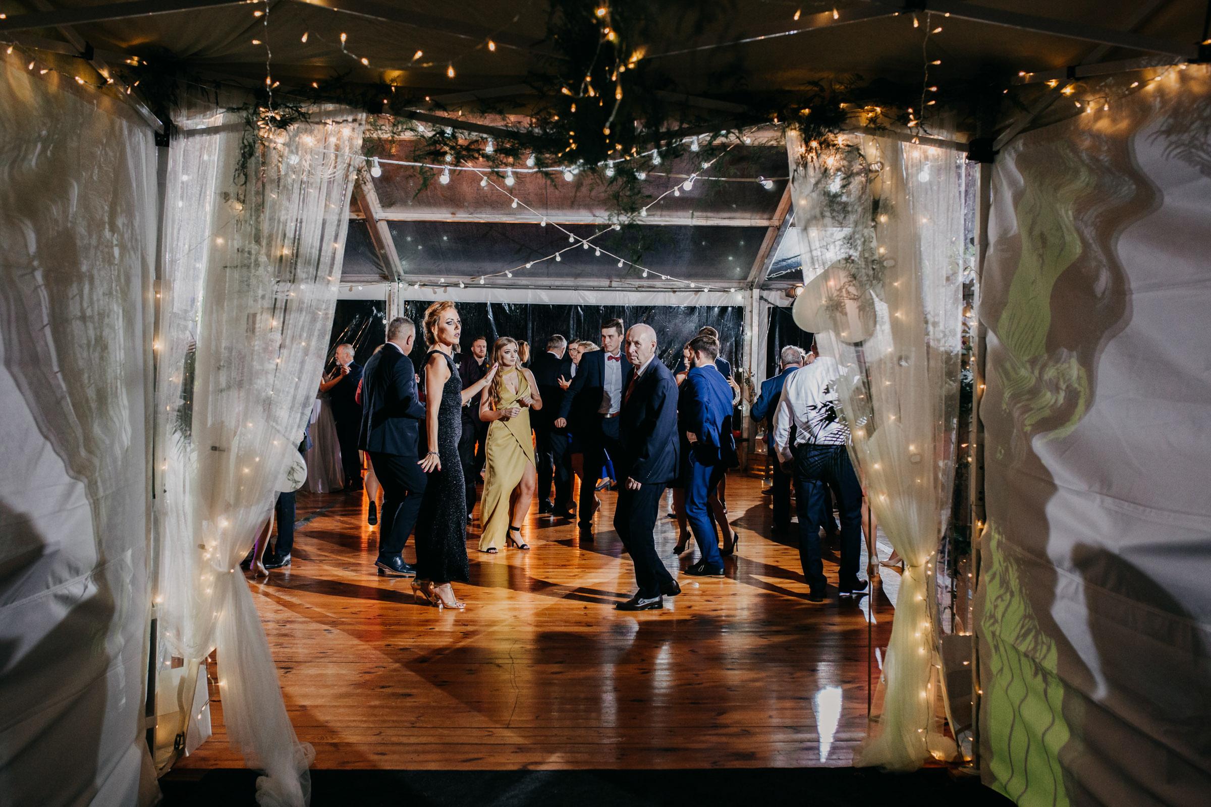 wesele w folwarku tworzyjanki