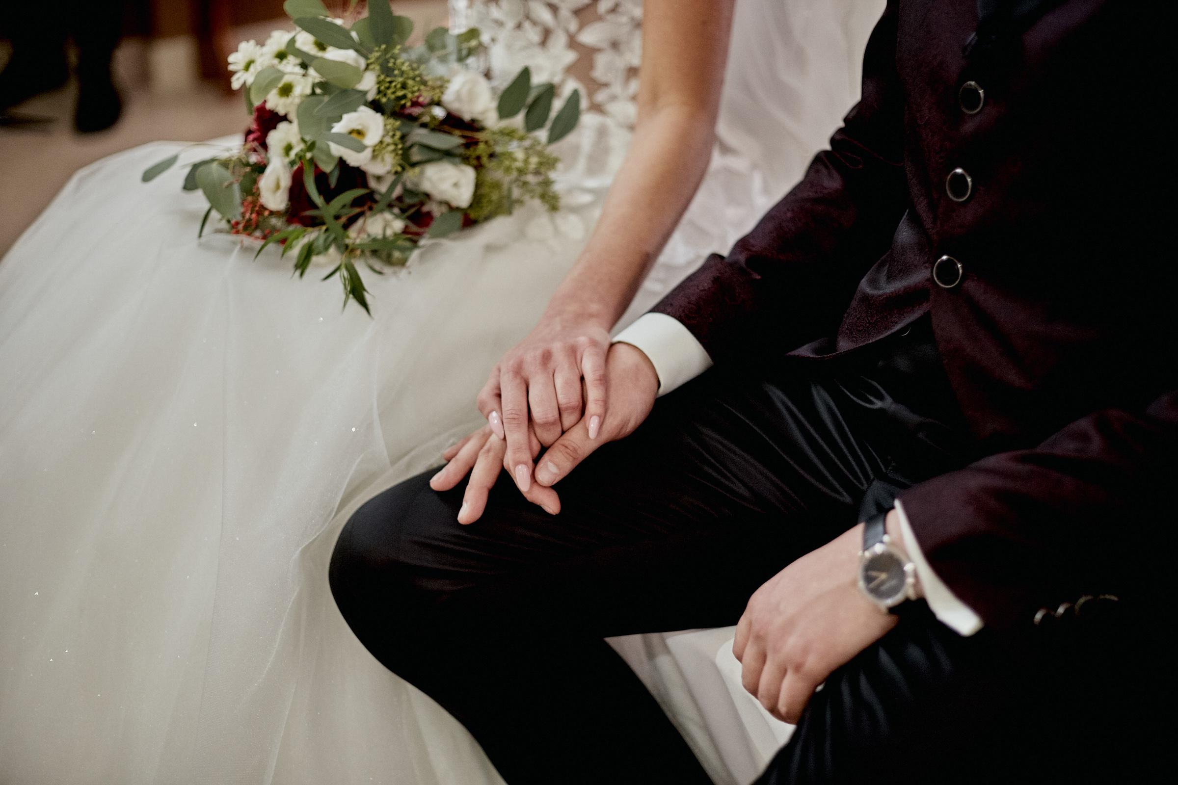 para młoda ślub brzeziny