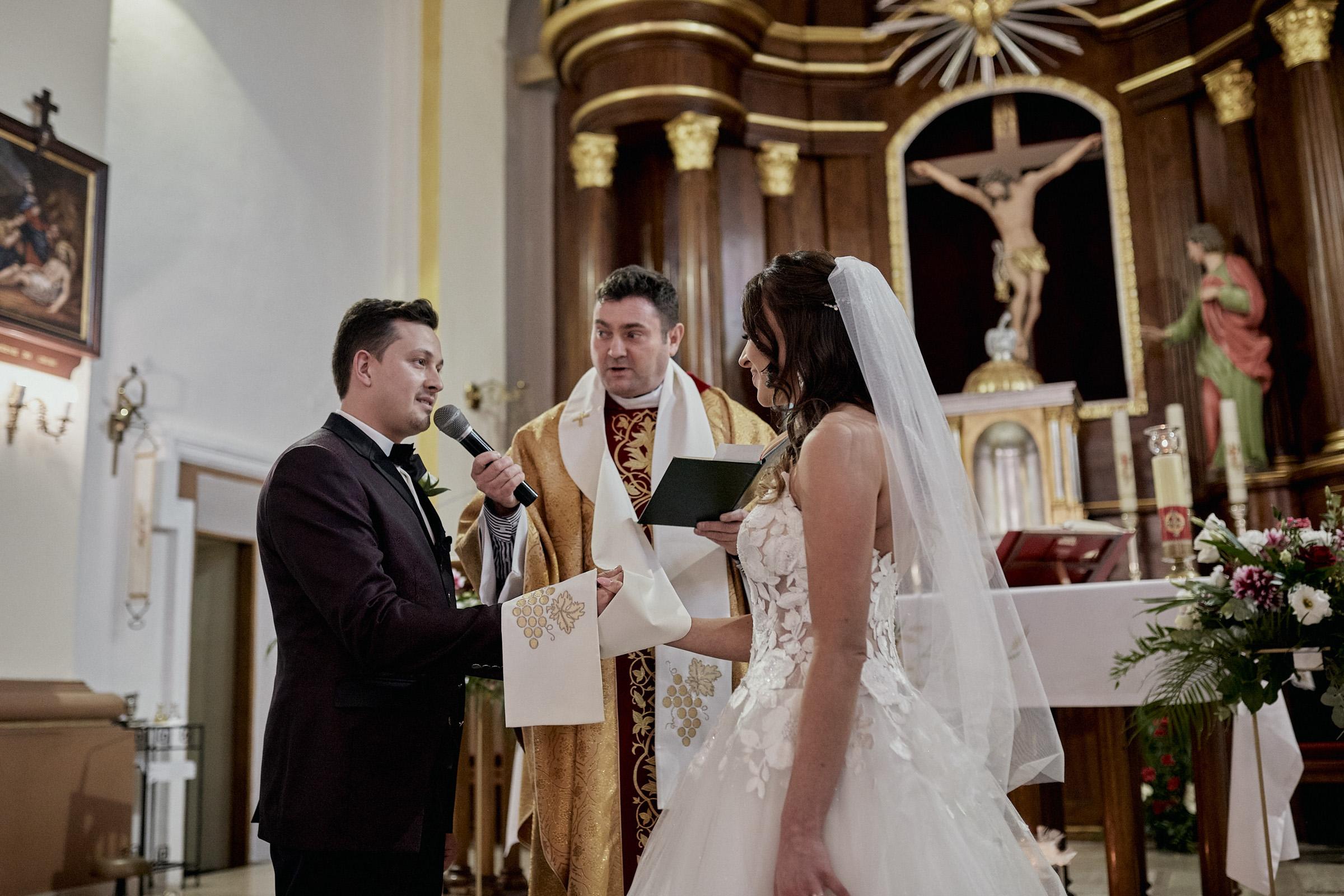 zdjęcia ślubne brzeziny tworzyjanki