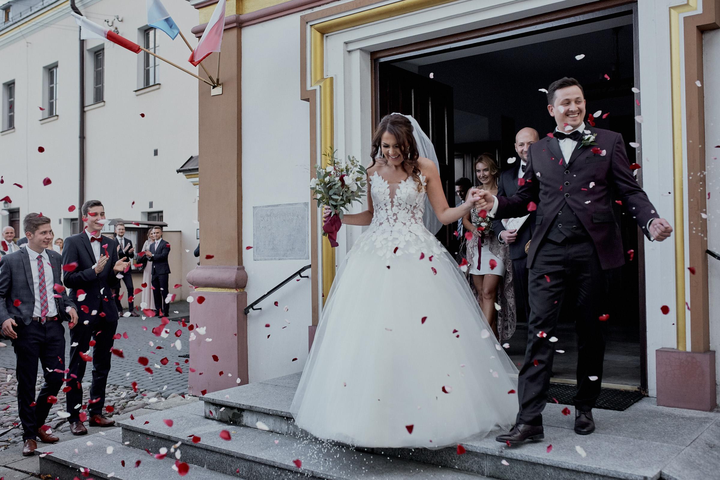kościół brzeziny ślub