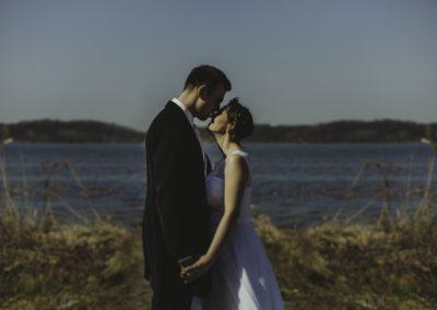 sesja ślubna nad wodą