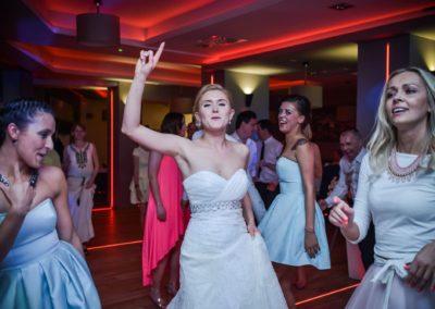sesja ślubna na weselu