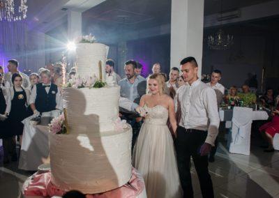 sesja-slubna-wesele-tort-4974
