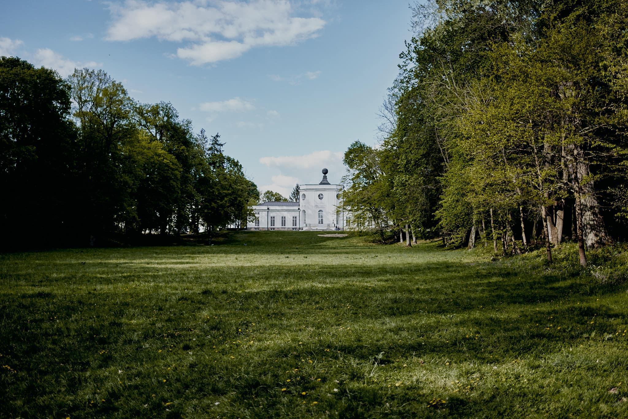 Sesja narzeczeńska Pałac Jabłonna