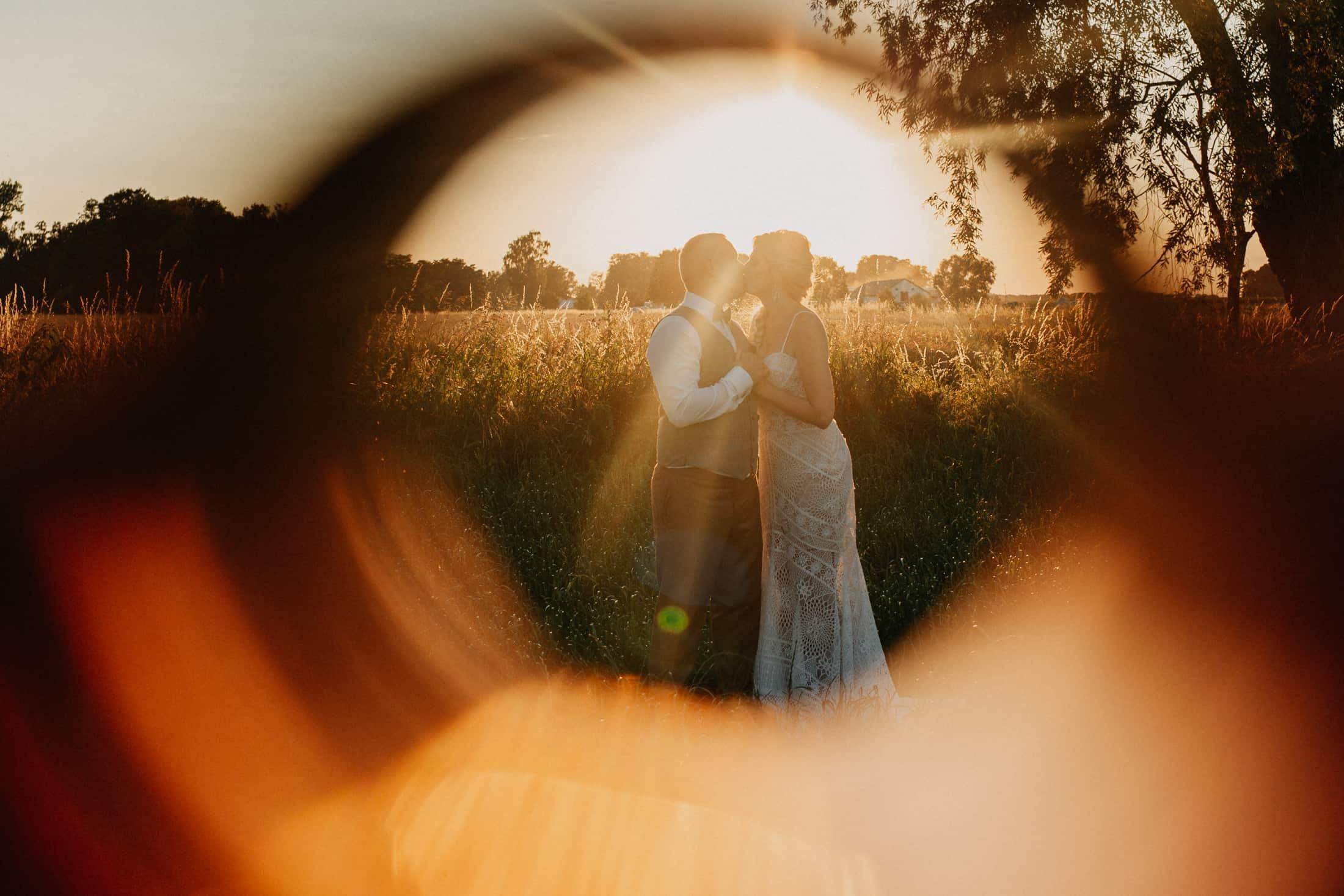 sesja ślubna zachód słońca