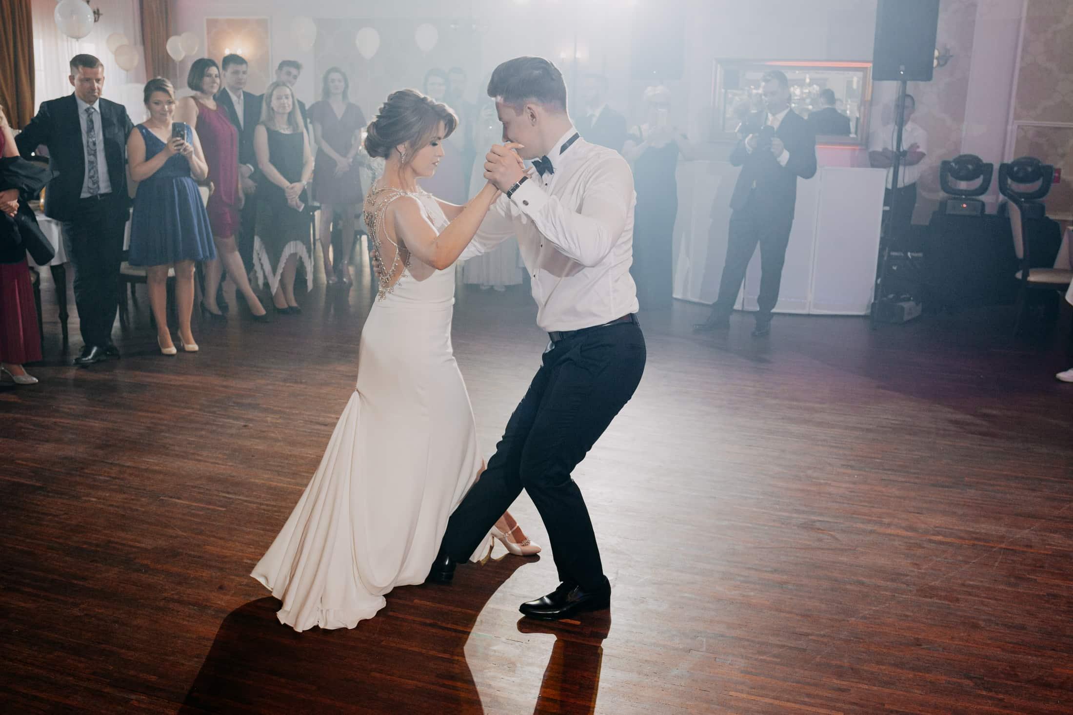 pierwszy taniec pary młodej hotel splendor