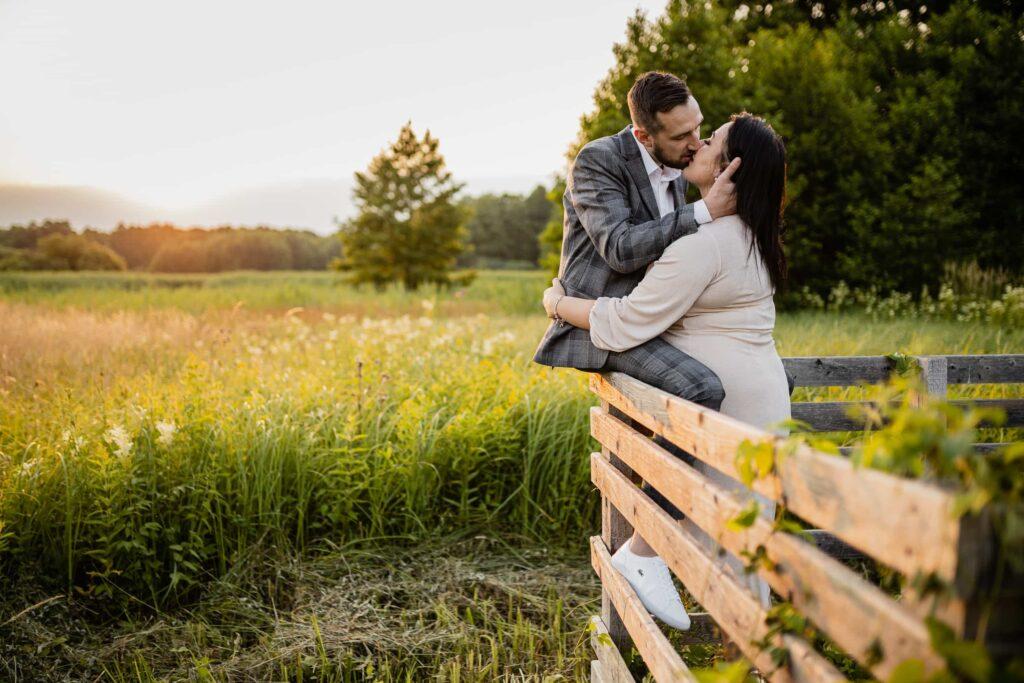 Letnie love story w Kampinosie czyli Miłosna sesja pary